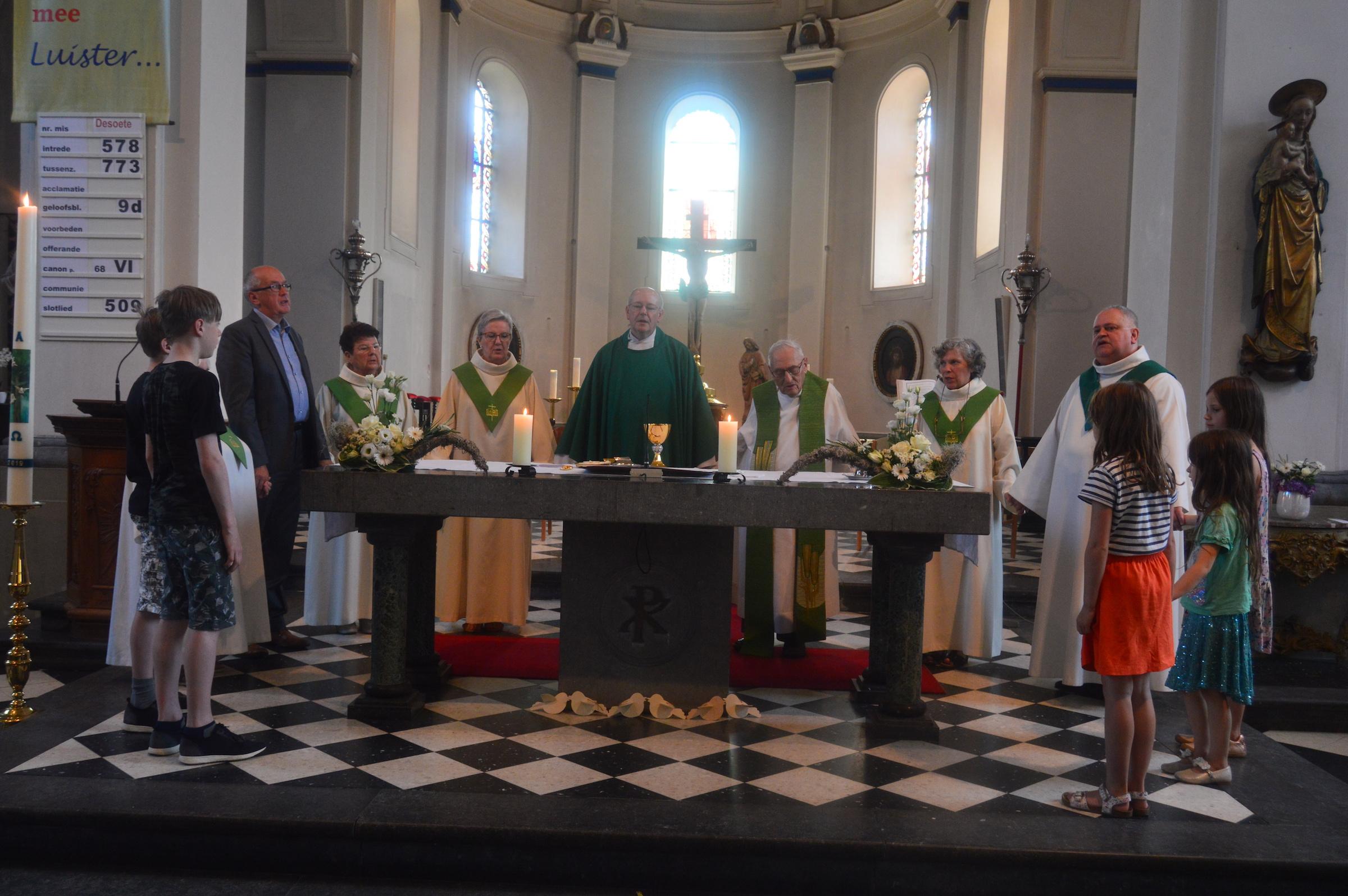 25j priesterwijding Gerard Janssen 30-6-2019 015