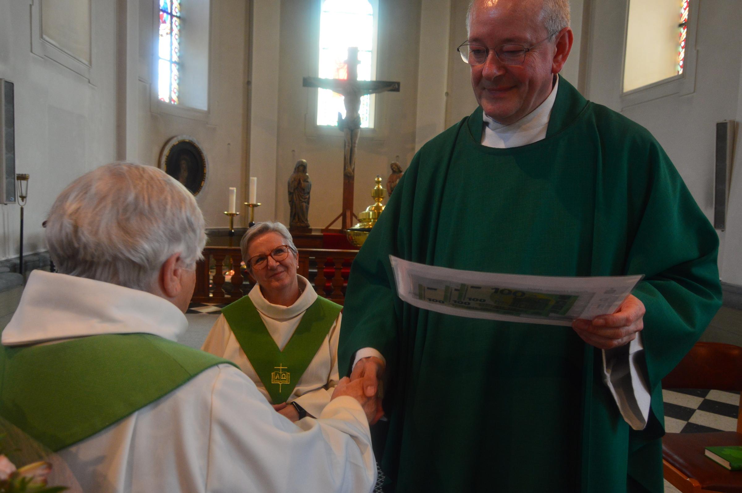 25j priesterwijding Gerard Janssen 30-6-2019 021